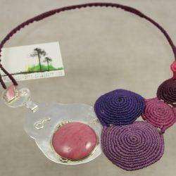 Collar de macramé con cierre de plata 925 con jaspe rosa y rodocrosita