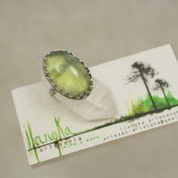Anillo de plata 925 y prehnita verde